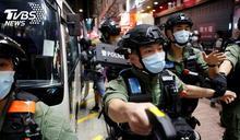 12歲少女遭5港警壓地 港民PO「憎惡政府」