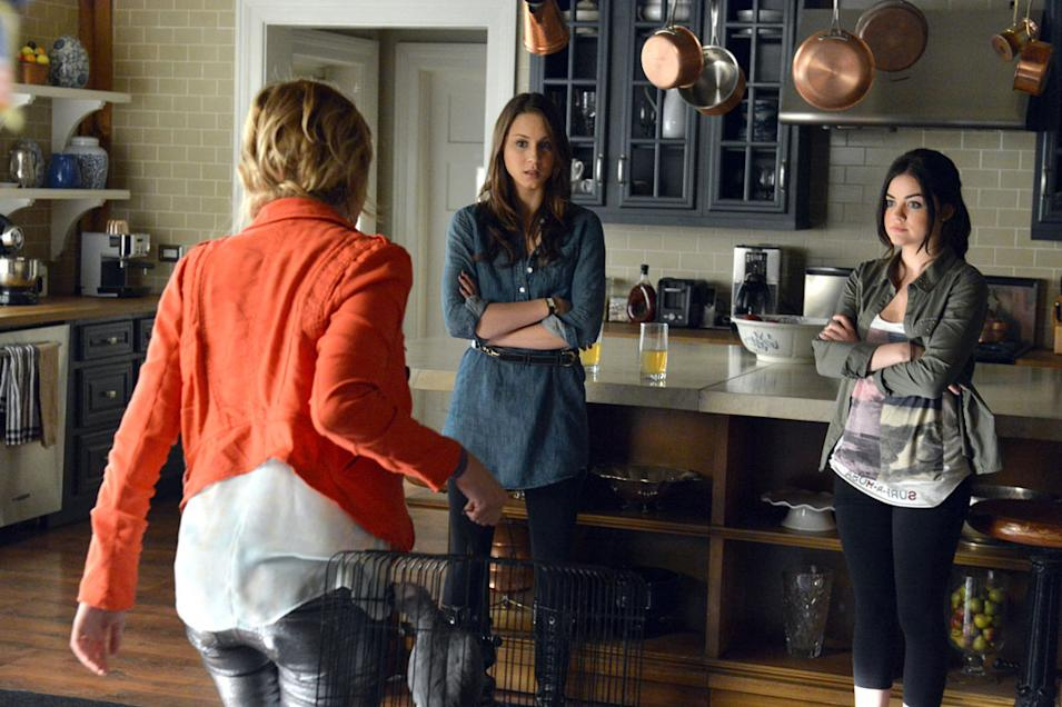 """Pretty Little Liars"" - ""Turn of the Shoe"""