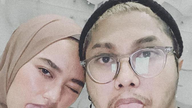 suami Indira Kalistha yang bernama Gustaf sempat pasang badan dengan membela sang istri. (https://www.instagram.com/p/CAKm1T3hH6_/)