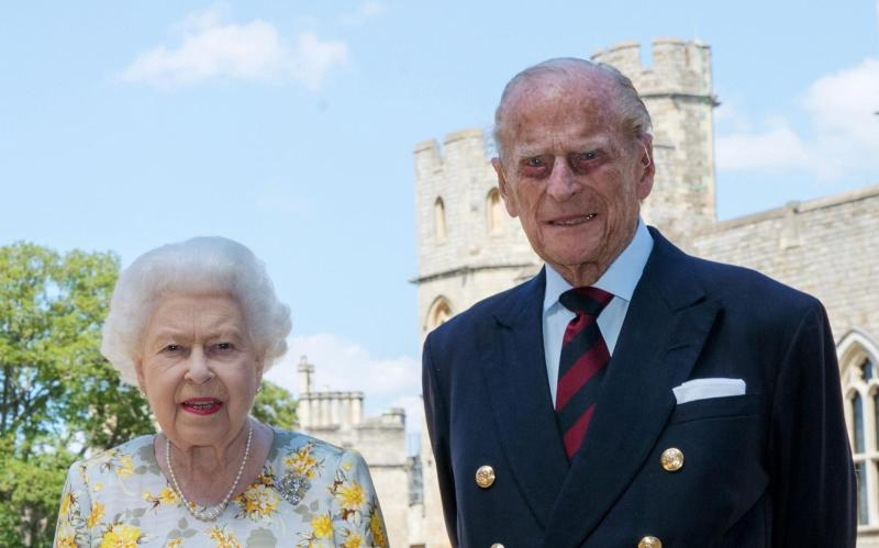 Queen Elizabeth II and the Duke of Edinburgh at Windsor Castle - Avalon