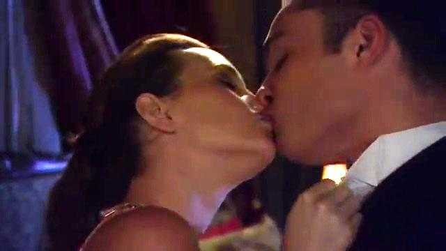 Gossip Girl Superlatives - Hottest sex scene - Chuck and Blair get back together (season 6, episode 1)