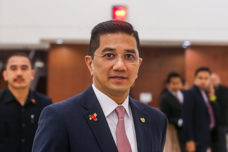 Those leaving Azmin's home declined to comment on the nature of the meeting and sought to play it down as a casual encounter. — Picture by Firdaus Latif