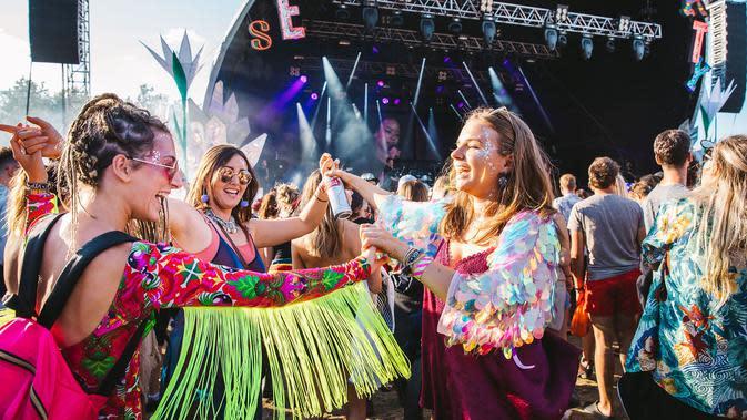 Secret Garden Party Festival (official website)