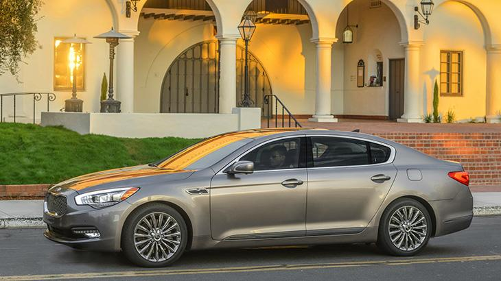 2015 Kia K900, a grand bargain: Motoramic Drives