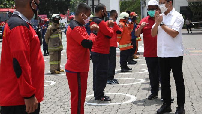 Menteri Sosial Juliari P Batubara didampingi Sekjen Kemensos, Hartono Laras menegaskan kegiatan simulasi penanganan bahaya kebakaran akan rutin dilakukan mengingat fasilitas Kemensos tersebar di beberapa lokasi.