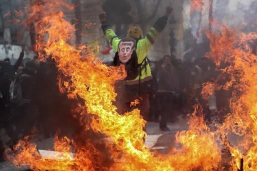 """The scenes of violence were reminiscent of the worst """"yellow vest"""" riots in Paris in December"""