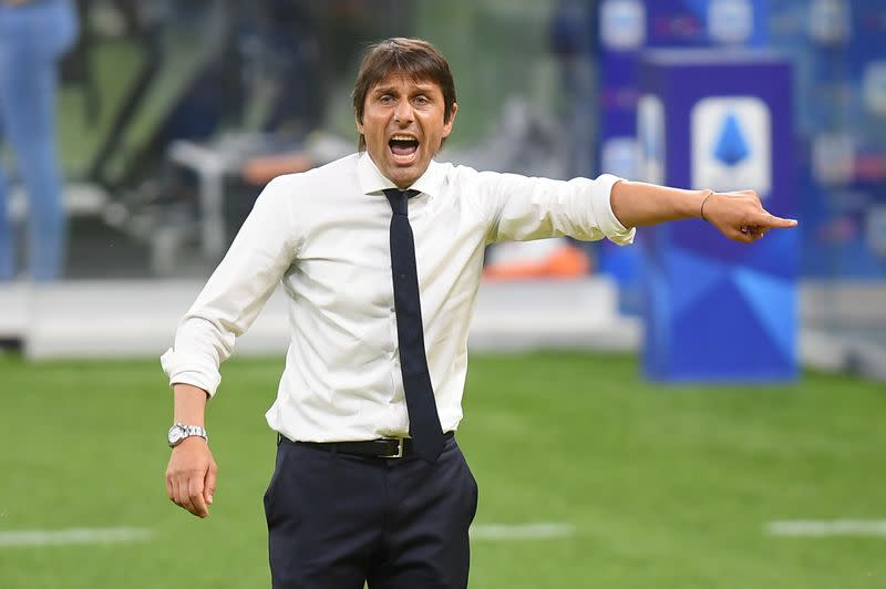 Heat and packed fixture list forces Conte to rotate