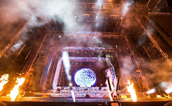High Winds Shut Down Electric Daisy Carnival