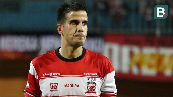 Ante Bakmaz, pemain Madura United. (Bola.com/Aditya Wany)