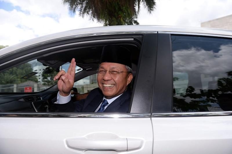 Datuk Hasni Mohammad urged elected representatives in the state assembly to work with him to take Johor forward, instead of against him. — Bernama pic