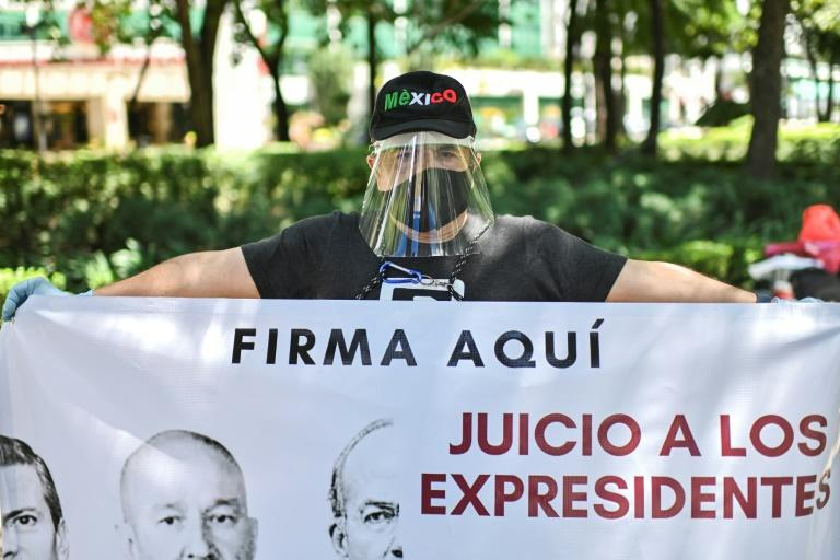 Top Mexican court backs referendum on prosecuting ex-presidents