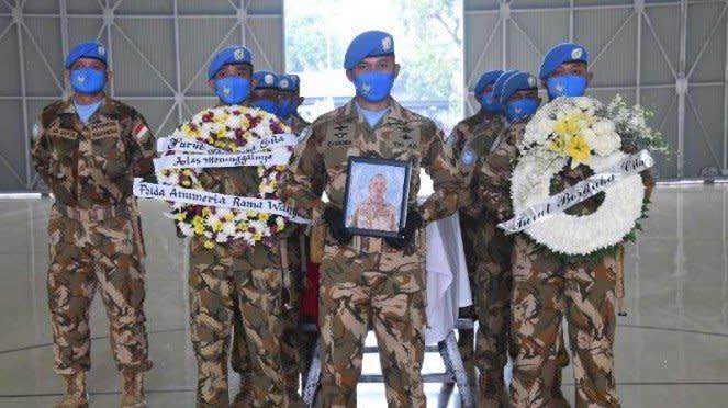 VIVA MIliter : Pelepasan jenazah Pelda Anumerta Rama Wahyudi