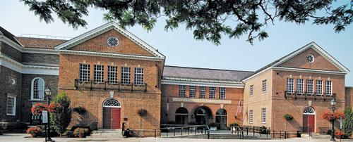 Baseball Hall of Fame trip includes Burns, former stars