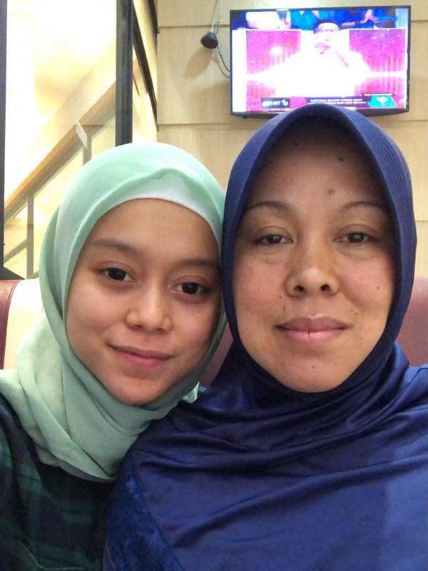 Kebersamaan Lesty Kejora dan sang ibunda yang jarang tersorot. (Sumber: Instagram/@lestykejora)