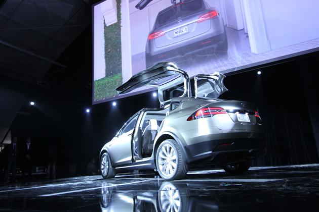 Tesla Model X reveal: Video, photos, pricing, and specs for one shocking SUV