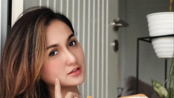 Helwa Beauty hadirkan klinik kecantikan terbaik untuk maksimalkan kecantikan para perempuan.