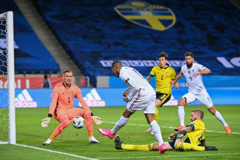 Moment of Mbappe brilliance gives France victory in Sweden