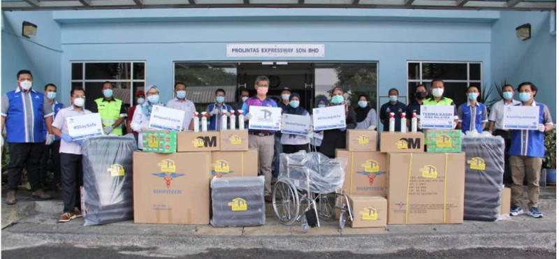 The Prolintas team donated cash and essential medical equipment to hospitals around the Klang Valley. — Picture courtesy of Prolintas