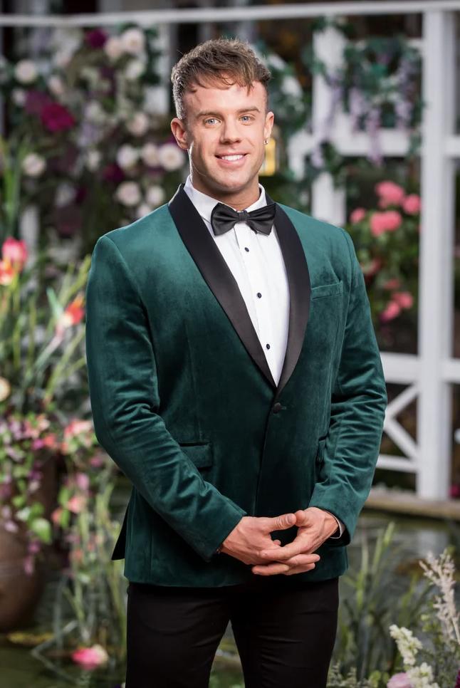 Eliminated bachelorette contestant Jesse, 31, WA