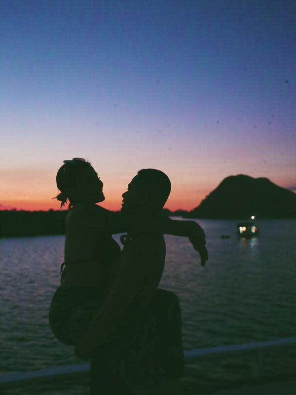 Awkarin dan Sabian Tama (Sumber: Instagram/awkarin)