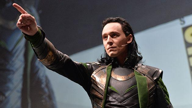 Comic-Con MVP Tom Hiddleston Acts out 'Thor: The Dark World'… With Action Figures