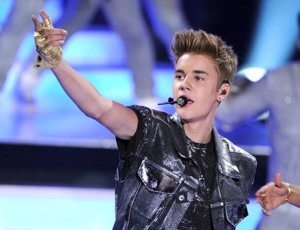 Michael Jackson-Justin Bieber Collaboration Leaks, But Is It the Real Deal?
