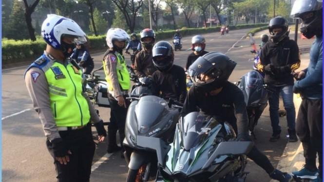 Motor Setengah Miliar Rupiah Kena Razia, Netizen Protes