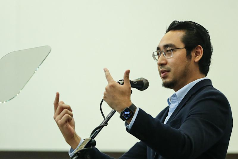 Deputy Youth and Sports Minister Wan Ahmad Fayhsal Ahmad Kamal speaks during a Perikatan Nasional event at Universiti Malaya in Kuala Lumpur September 1, 2020. — Picture by Yusof Mat Isa
