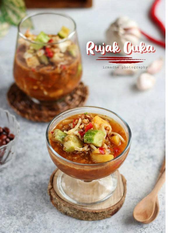ilustrasi aneka resep rujak buah/Instagram: @irmadesmayanti