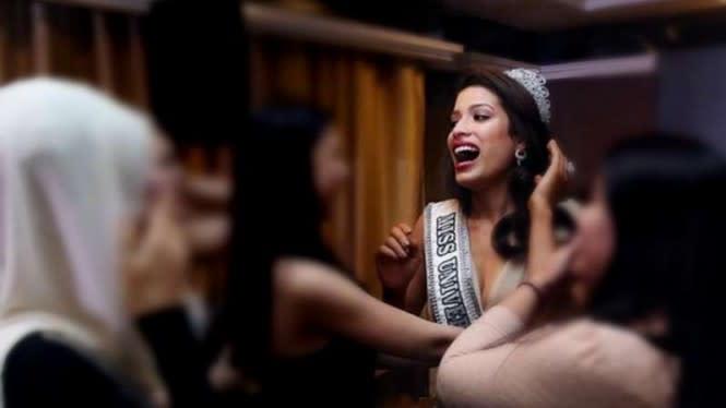Diamuk Warga Amerika, Miss Universe Malaysia Dipaksa Lepas Mahkota