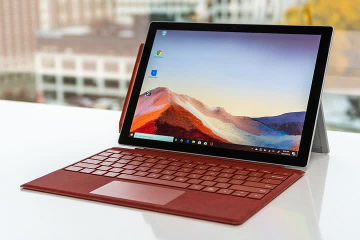 Microsoft Surface Pro 7 display