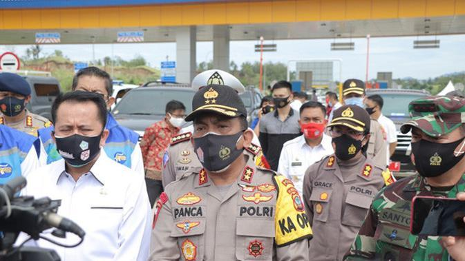 Jalan Manado-Bitung Tol Pertama di Sulut, Polisi Edukasi Tata Cara Penggunaan kepada Warga