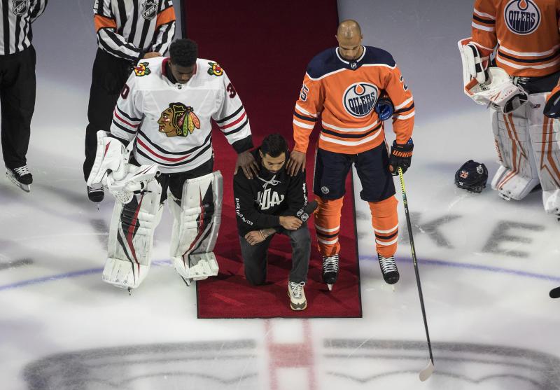 Oilers Blackhawks Hockey