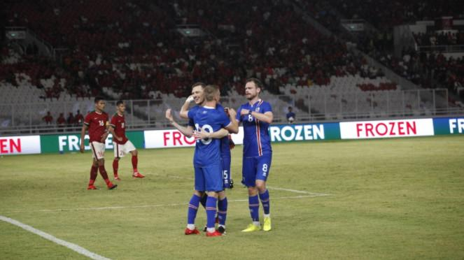 Duel Indonesia vs Islandia di SUGBK