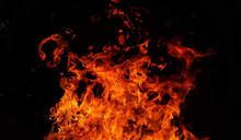 台東池上驚傳火警!現場濃煙四竄...7旬獨居女受困屋內慘死