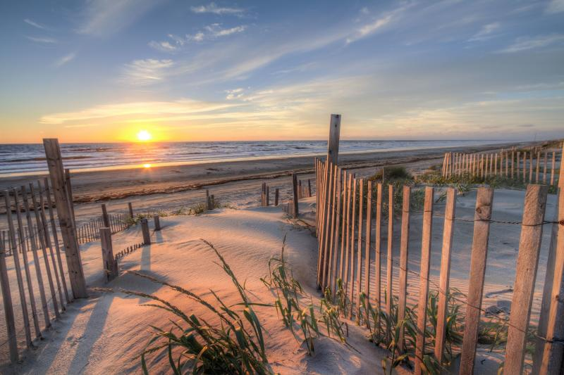 Outer Banks Restaurants Host Dine Out For Disaster Relief ...