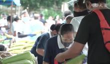 菲律賓馬尼拉發放 守護分會職工家人