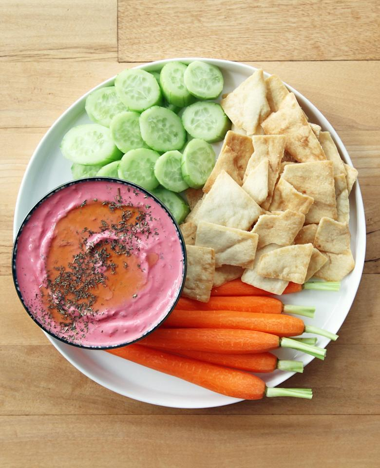 43 Healthy Snacks That Will Make You the Star of Any Super Bowl Party