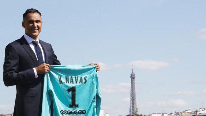 Keylor Navas resmi bergabung dengan PSG. (dok. PSG)