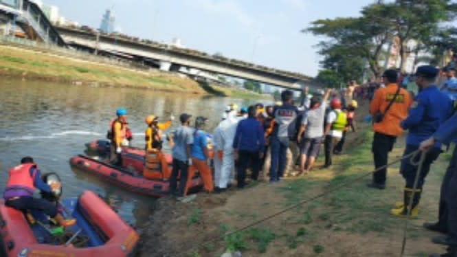 Bocah yang Hanyut di Banjir Kanal Barat Ditemukan Tewas
