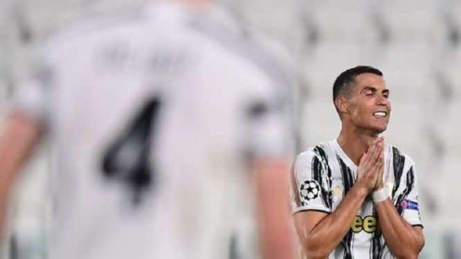 Pamer Piyama Super Mahal, Ronaldo Malah Dibully Sampai Manyun