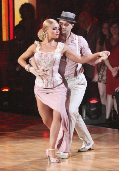 Katherine Jenkins and Mark Ballas (4/16/12)