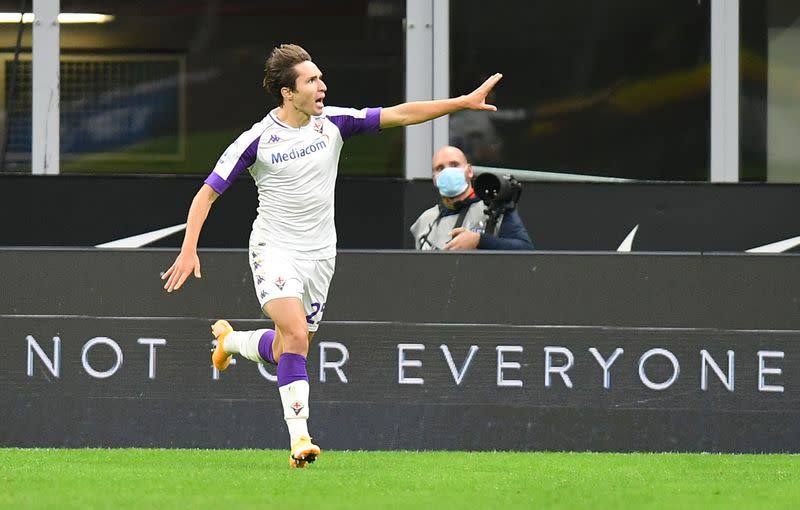 Juve sign Fiorentina winger Chiesa in 50 million euro deal