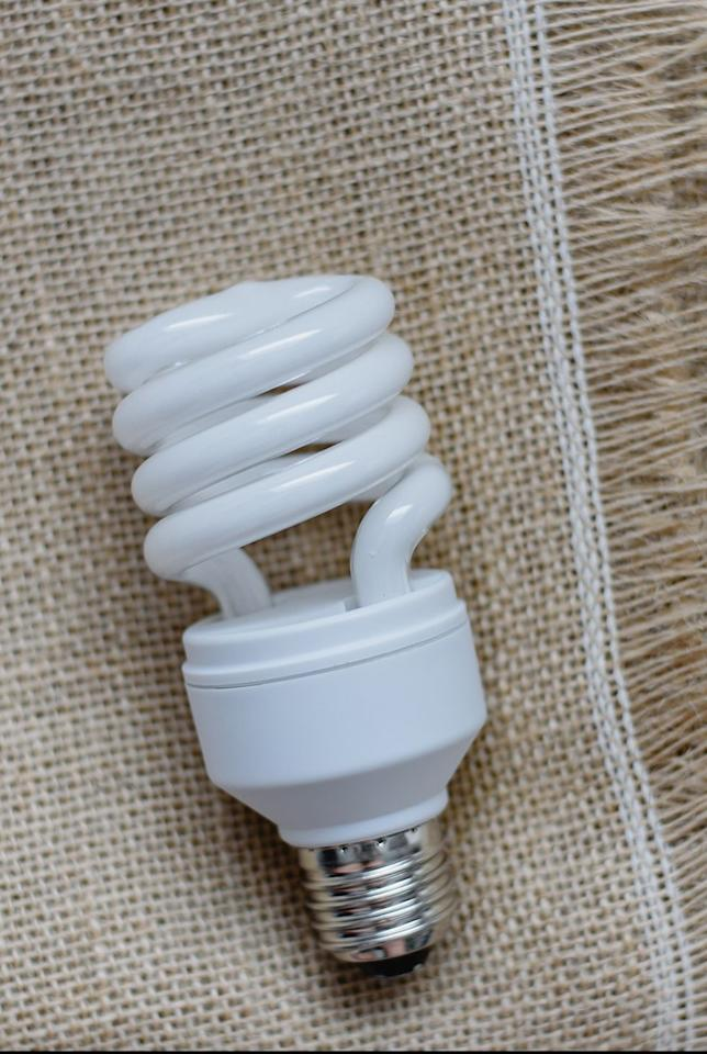 """<p>This bulb, which contains a small amount of mercury, is popular due to its energy efficiency—it uses 75% less than incandescents. It's best for spaces that require lighting for extended periods of time, which is why you might have spotted them in airports or hospitals. Just keep in mind that turning them on and off frequently can take a toll on their lifespan. Compact fluorescent bulbs can also <a href=""""https://www.epa.gov/cfl/recycling-and-disposal-cfls-and-other-bulbs-contain-mercury"""" target=""""_blank"""">be recycled</a>, so visit <a href=""""https://search.earth911.com/"""" target=""""_blank"""">earth911.com</a> to pinpoint your local waste collection agency for details. <br></p>"""