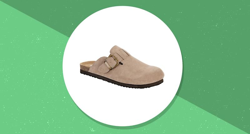 These clogs cost less than you spend on coffee in a week. (Photo: Walmart)