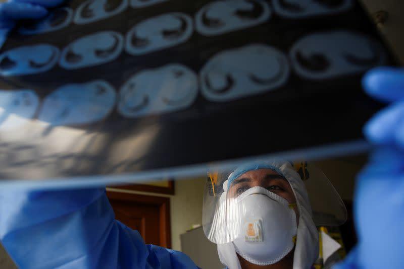 Ecuador exceeds 30,000 confirmed coronavirus cases