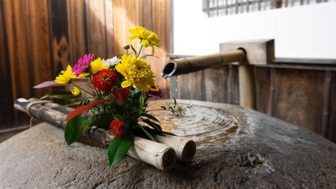 Fountain (unsplash.com/Amandine)
