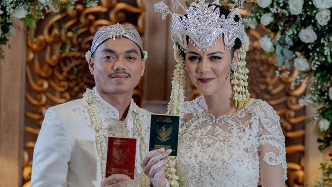 Ratu Rizky Nabila dan Alfath Fathier menikah setelah 3 hari kenalan. (Sumber: Instagram/@raturn)