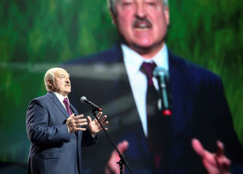 Belarus president visits jail to meet detained rivals - state news agency