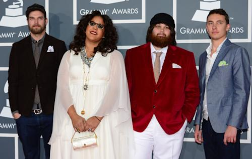 On the Charts: Alabama Shakes, Rihanna Look Good in Soft Week